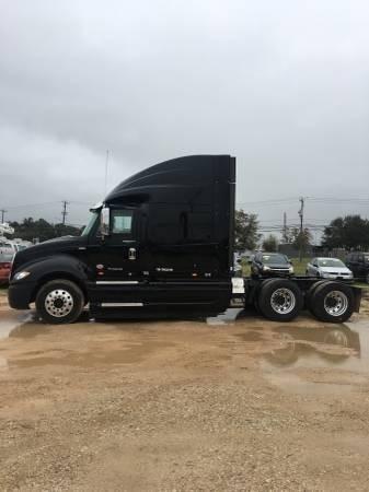 2012 International ProStar Sleeper Truck, Maxxforce 13, 10