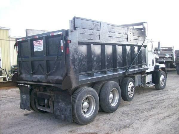 1999 Freightliner FLD120 Dump Truck, Detroit 60 Series