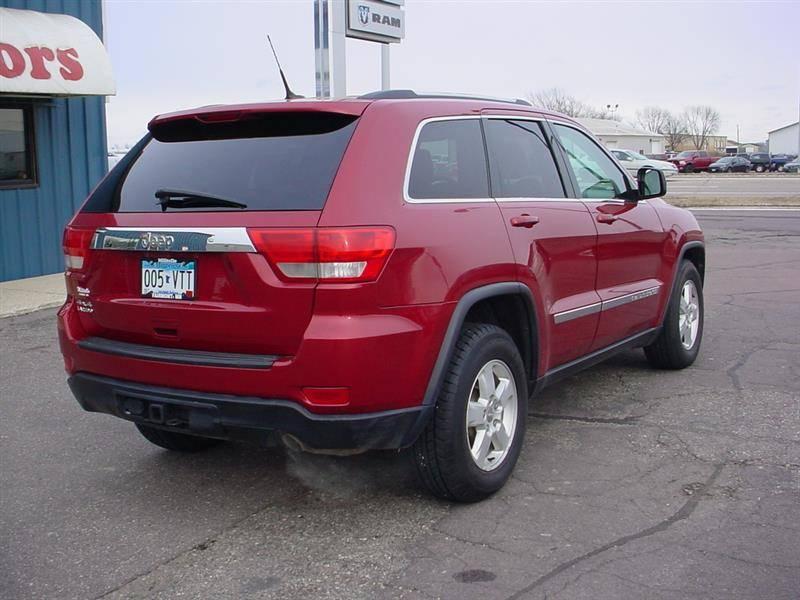 2011 jeep grand cherokee laredo suv 39 s for sale militello for Militello motors fairmont mn